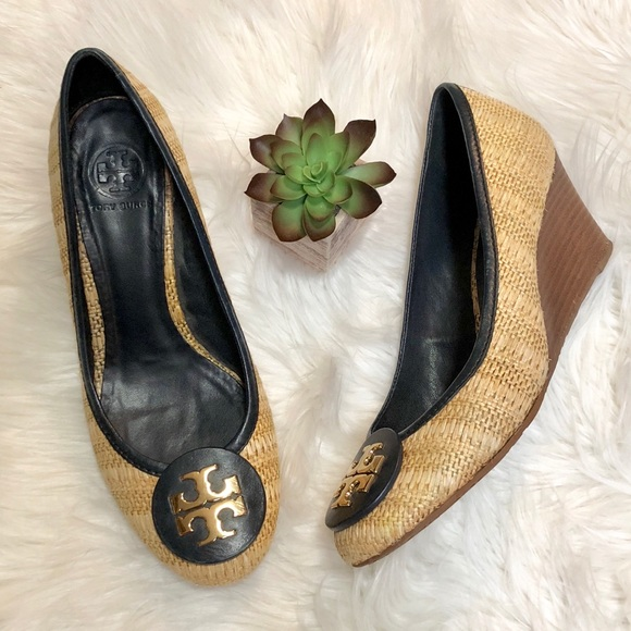 180ffae7719 Tory Burch Shoes - Tory Burch Sally Wedges Straw Rafia Black Detail 9